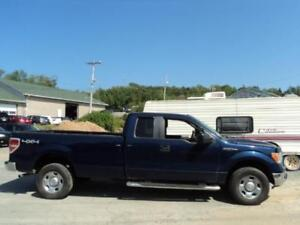 RARE! $220 BI WEEKLY 2010 F-150 - LONG BOX!!! 8 FT BOX! 4X4