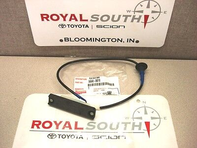 Toyota Sienna 2003 - 2010 Tail Gate Release Button Switch Genuine OE OEM