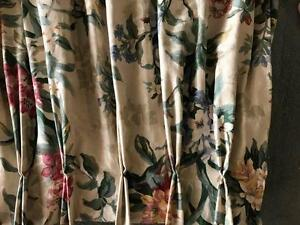Beautiful professionally made floral fabric curtains/blockout Lockleys West Torrens Area Preview