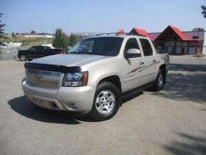 2008 Chevrolet Avalanche LT Like New full tow package