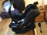 Maxicosi cabriofix car seat with isofix base
