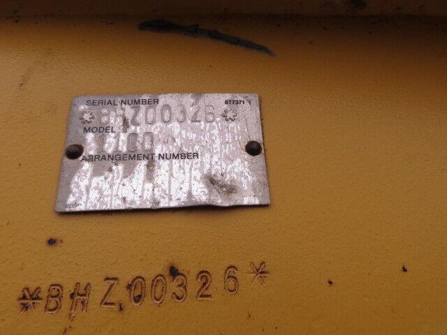Image 4 Tracteur CAT  2009