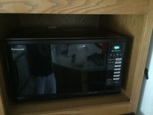 Panasonic Microwave. Excellent Condition.