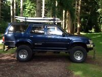 TOYOTA SURF OFF ROADER