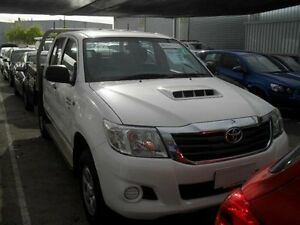 2013 Toyota Hilux KUN26R MY12 SR (4x4) Glacier White 5 Speed Manual Dual C/Chas Moorabbin Kingston Area Preview