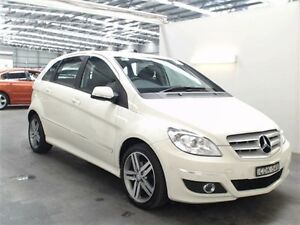 2011 Mercedes-Benz B180 245 MY11 245 MY11 White 7 Speed CVT Auto Sequential Hatchback Beresfield Newcastle Area Preview