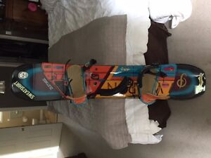 K2 WWW snowboard 51'W and K2 bindings $250 mint condition