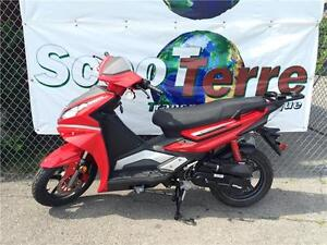 SCOOTER 2016 SCOOTTERRE VOYAGEUR SPORT 50CC NEUF 2016 $1999.99