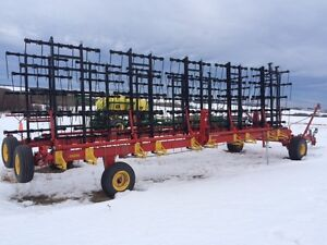 Bourgault 7200 Heavy Harrows