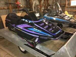 Polaris Indy 600 XLT, with reverse and extras