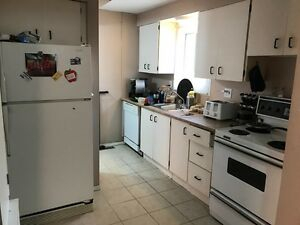 96-165 Green Valley Dr-Three Bedroom Unit in Doon