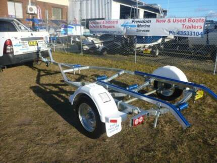 14ft (4.2) New Boat Trailer includes rego.