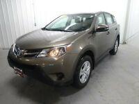 2013 Toyota Rav4 FWD for Sale in Winnipeg! Power everything!