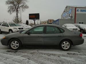 2005 Ford Taurus SEL Sedan--EXCELLENT SHAPE IN AND OUT Edmonton Edmonton Area image 3