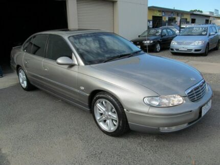 2002 Holden Statesman Whii V8 Gold 4 Speed Automatic Sedan Werribee Wyndham Area Preview