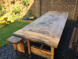 BEAUTIFUL FINE QUALITY CHUNKY FARMHOUSE TABLE AND BENCH WILL SEAT 10