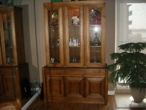 Table and 4 Arm Chairs and Lighted 2 pc. Cabinet Windsor Region Ontario image 1
