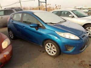 2011 Ford Fiesta SE NICE STUDENT CAR AND A NICE COLOUR LOCAL TRA