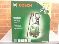 New Bosch 35-12 pressure washer inc Combi Kit