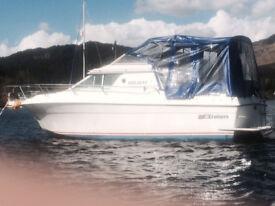 Motor Cruiser boat 4 berth