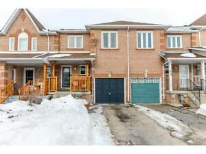 COZY 3bedroom Townhouse in the beautiful Holly Community