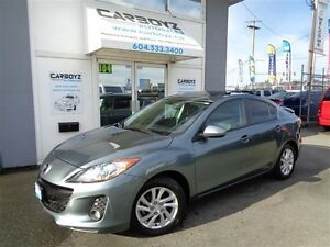 2012 Mazda MAZDA3 Sky-Active, Leather, Sunroof, Heated Seats