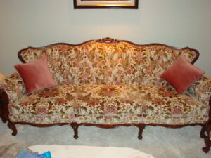 Furniture/Pillows and other household items For Sale