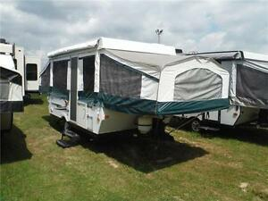2010 Palomino Y4120 12' Tent Trailer - Sleeps 8