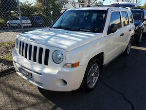 2007 Jeep Patriot MK White 5 SP MANUAL Wagon Campbelltown Campbelltown Area Preview
