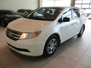 2013 Honda Odyssey EX-L RES - Heated Leather, Sunroof, DVD + PWR