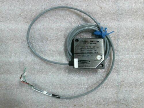 Banner SM512DB Photoelectric LED Scanner