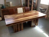 •	DINING TABLE - WAREHOUSE CLEARANCE END OF STOCK