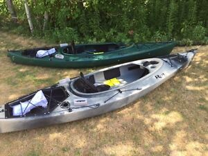 Riot Quest 10 HV fishing kayak with rudder system camo or green