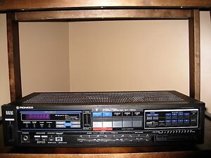 Vintage Pioneer SX-V200 Digital AM/FM Receiver with Phono Input
