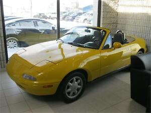 1992 Mazda MX-5 Miata - Sunburst Yellow