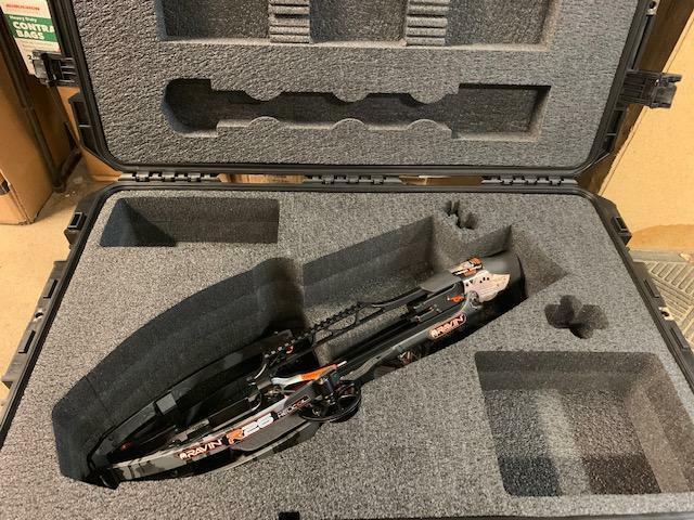 SKB iSeries Ultimate Waterproof Case for Ravin R26 / R29 / R29X Crossbows NEW!!!