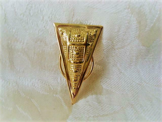 Gold Tone Triangle Scarf Ring Clip