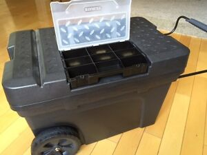 STANLEY MOBILE TOOL BOX CHEST