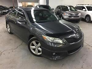 TOYOTA CAMRY SE 2011 CUIR/MAGS/TOIT/TRES PROPRE!