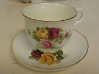Cups & Saucers (4)