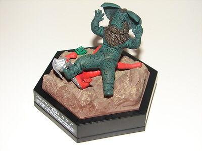 Ultraseven Vs Icarus Seijin Chase Figure Diorama   Ultraman Set  Godzilla Gamera