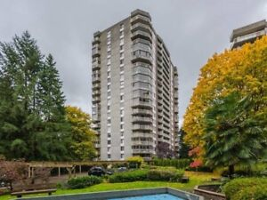 Bright, Spacious 1Bed+Den in Woodcroft, NVancouver