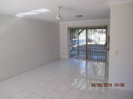 Lovely 2 Story Townhouse, close to schools & shops! Nerang Gold Coast West Preview