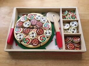 Melissa and Doug Pizza Party Wooden Play Food Set
