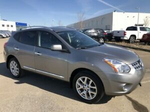 2011 Nissan Rogue SV - Navigation, Backup Camera!