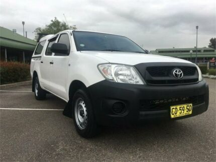 2009 Toyota Hilux TGN16R MY10 Workmate 4x2 White 5 Speed Manual Utility Mount Druitt Blacktown Area Preview