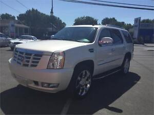 2007 Cadillac Escalade AWD TOIT TV DVD 7 PASS 11999$ 514-692-009