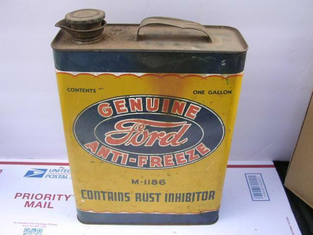 Vintage FULL One Gallon Ford Motor Anti Freeze Metal Can ! Red Letters