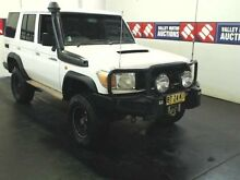 2008 Toyota Landcruiser VDJ76R Workmate (4x4) White 5 Speed Manual Wagon Cardiff Lake Macquarie Area Preview