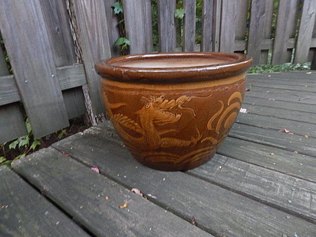 LARGE AND HEAVY CERAMIC GLAZED DRAGONS PLANTER LOCAL PICK UP ONLY